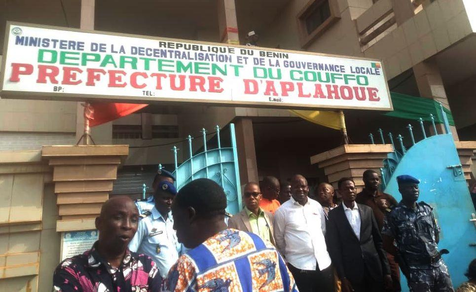 Commune d'Aplahoué : la population proteste contre le projet d'élection d'un nouveau maire.